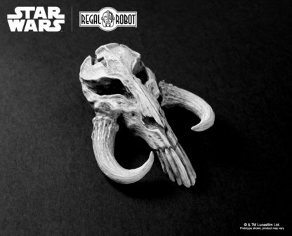 Alien creature skull sculpture