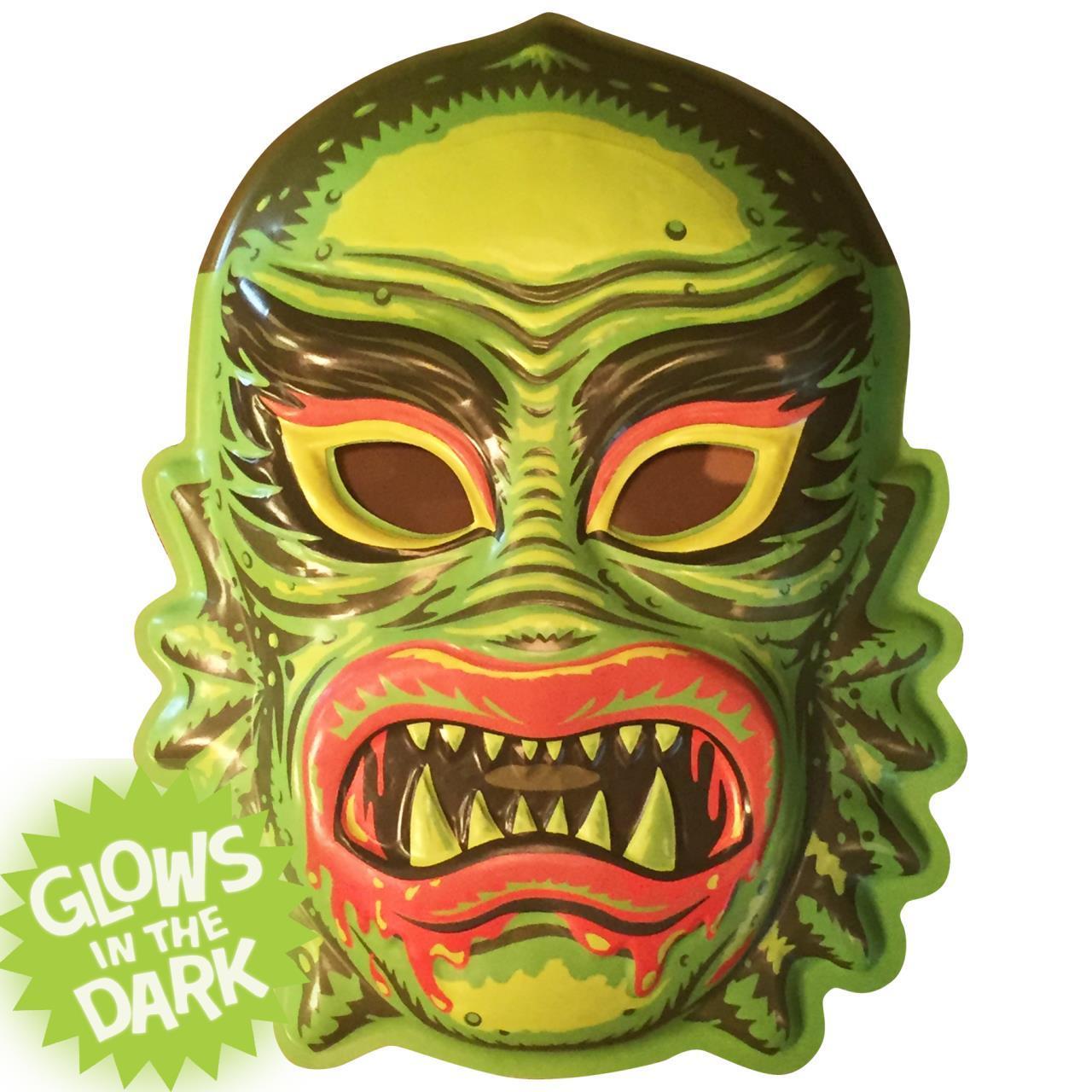 Fish Face Vac-tastic Plastic Mask Wall Decor-RETIRED ...