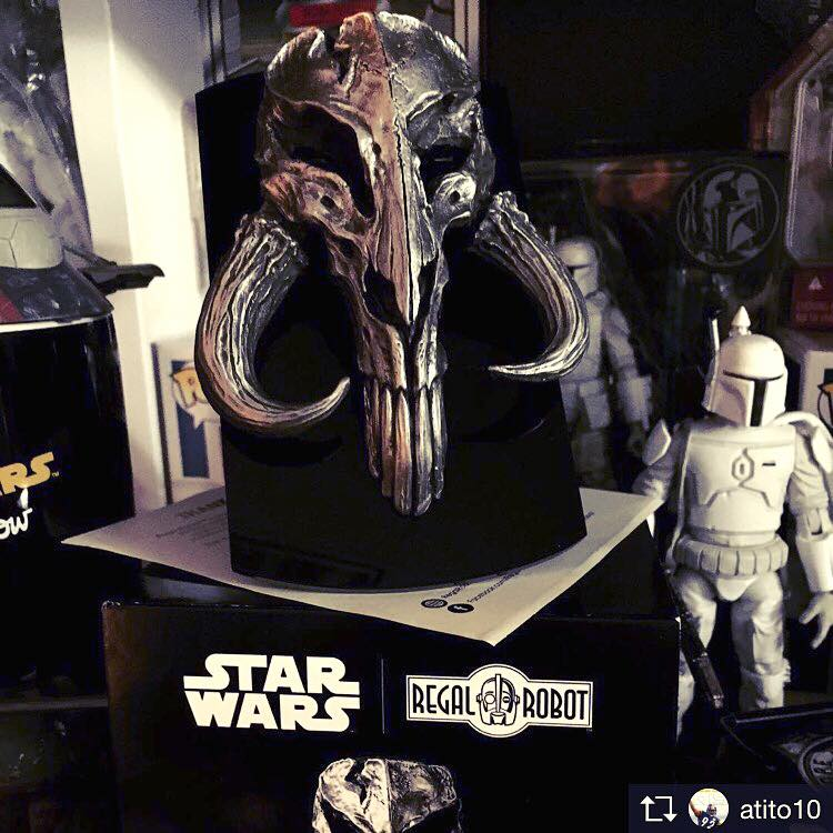 the mandalorian skull in solid pewter