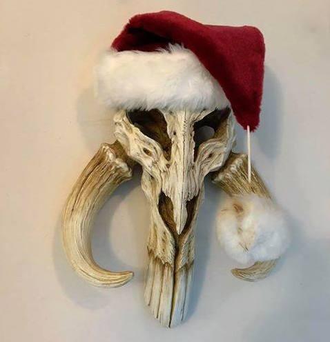 Mythosaur skull art by Regal Robot