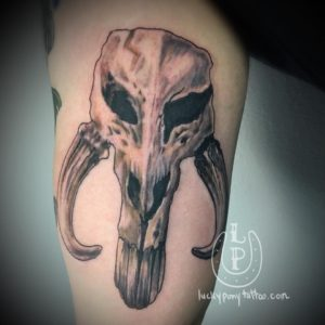 Star Wars mandalorian skull art piece