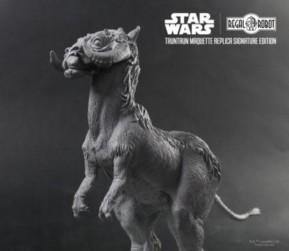 Phil Tippett tauntaun replica by Regal Robot