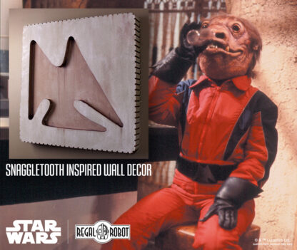Snaggletooth action figure belt buckle