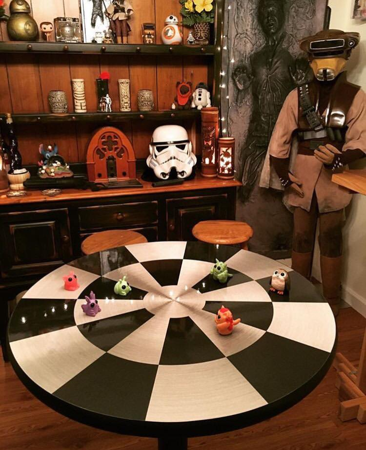 Millennium Falcon Dejarik Chess Table Han Solo