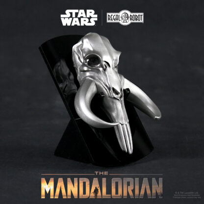 This is the way, Mandalorian mythosaur symbol prop