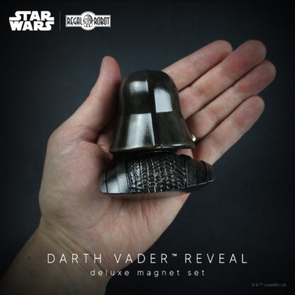 Elements Series Regal Robot Darth Vader Magnet
