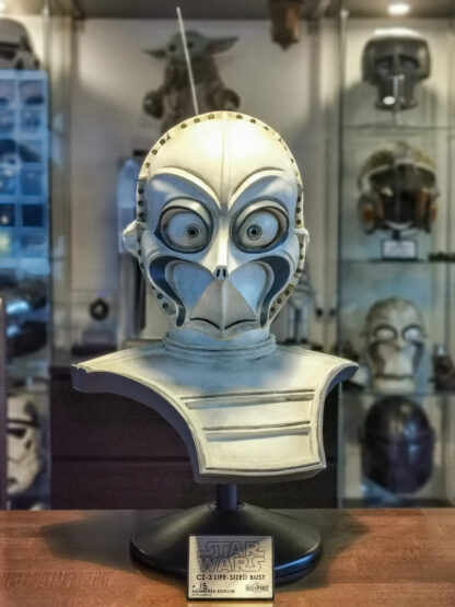 Star Wars droids lifesized statue