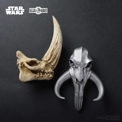 Regal Robot Mandalorian skulls and decor