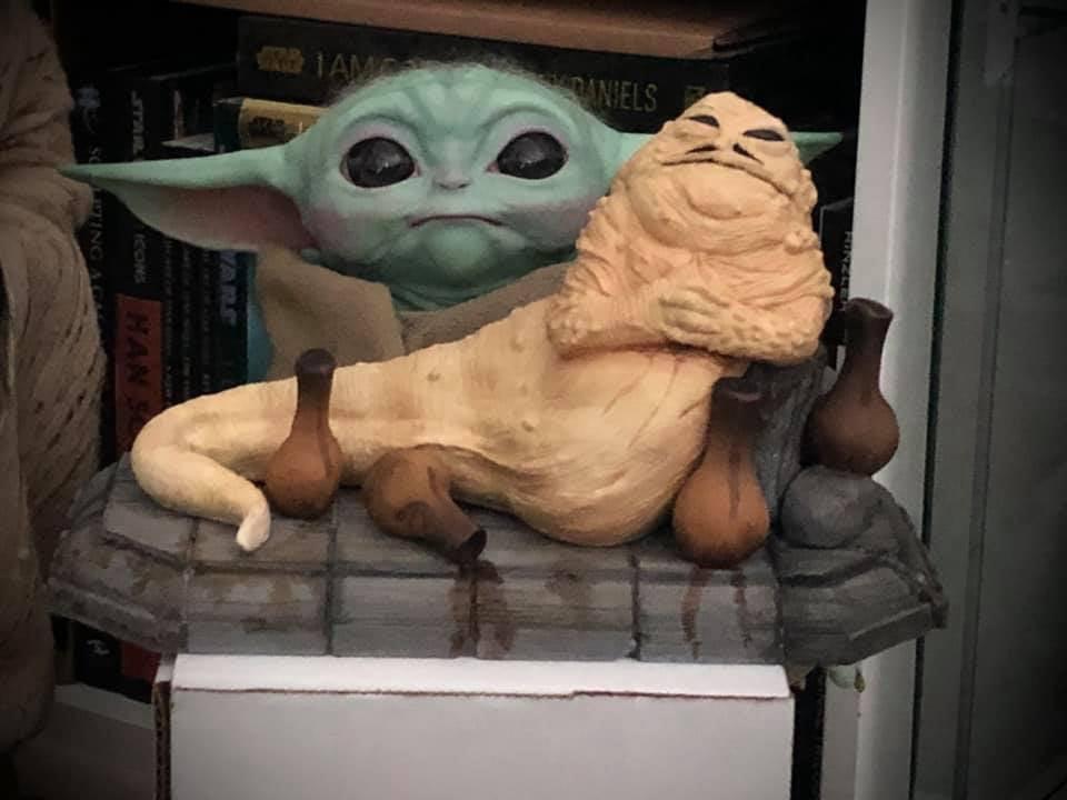 Star Wars statue Jabba the Hutt and Baby Yoda