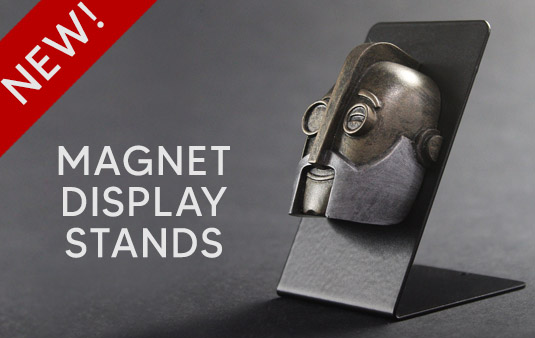 regal-robot-magnets-display-stand