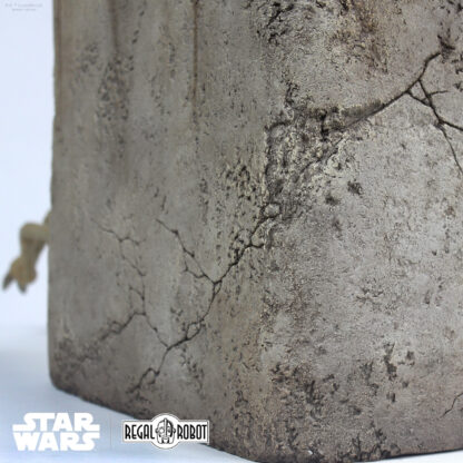 Faux stone base for Jabba the hutt's salacious B. Crumb statue