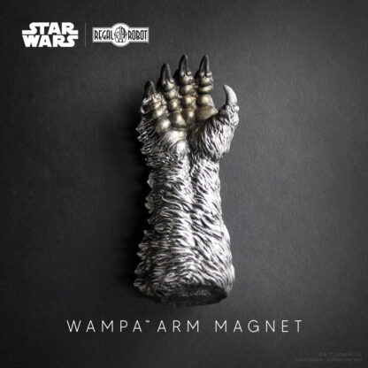 Cut off arms from Star Wars as fun magnets